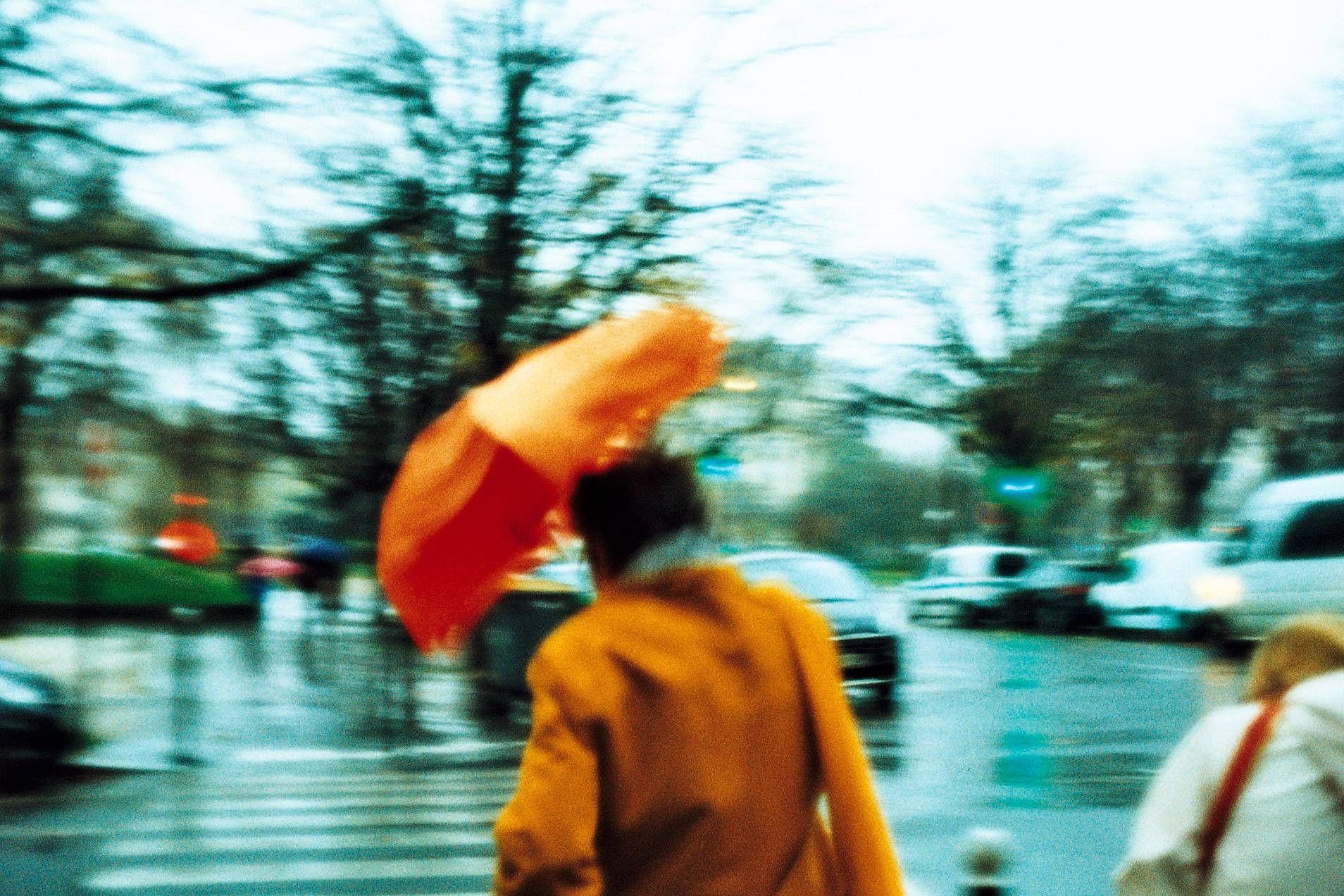 Photo Under my umbrella by theblues.