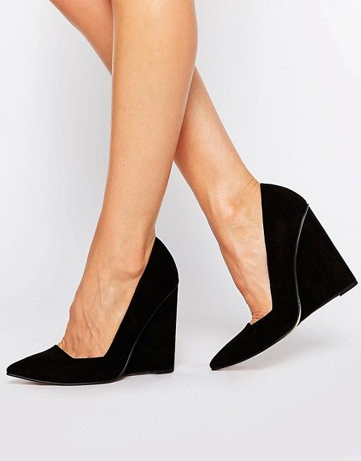 4a4bb165763 PULSE Pointed Wedges
