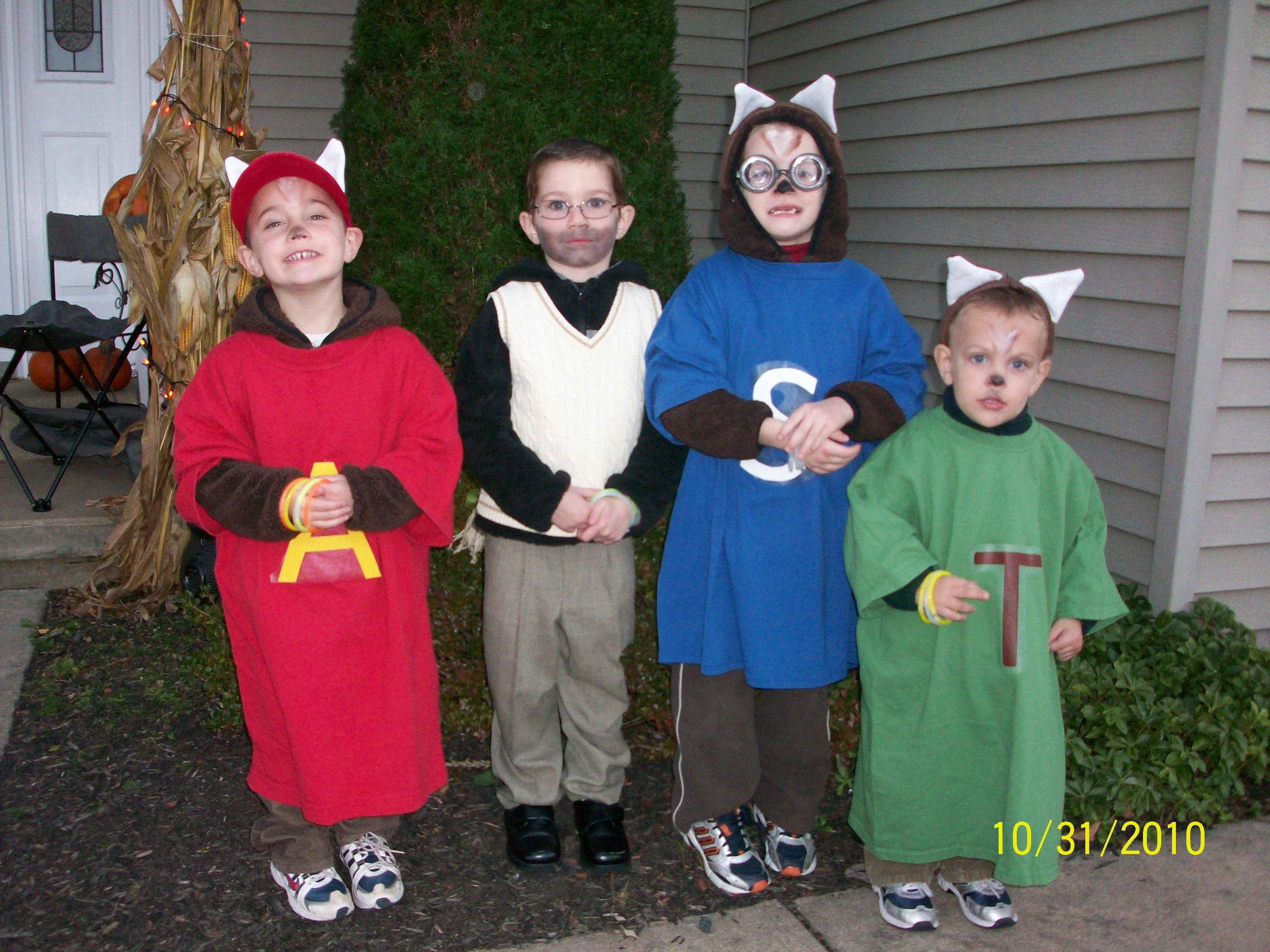 Alvin The Chipmunks With Dave Seville Alvin And The Chipmunks Homemade Costume Halloween Costumes