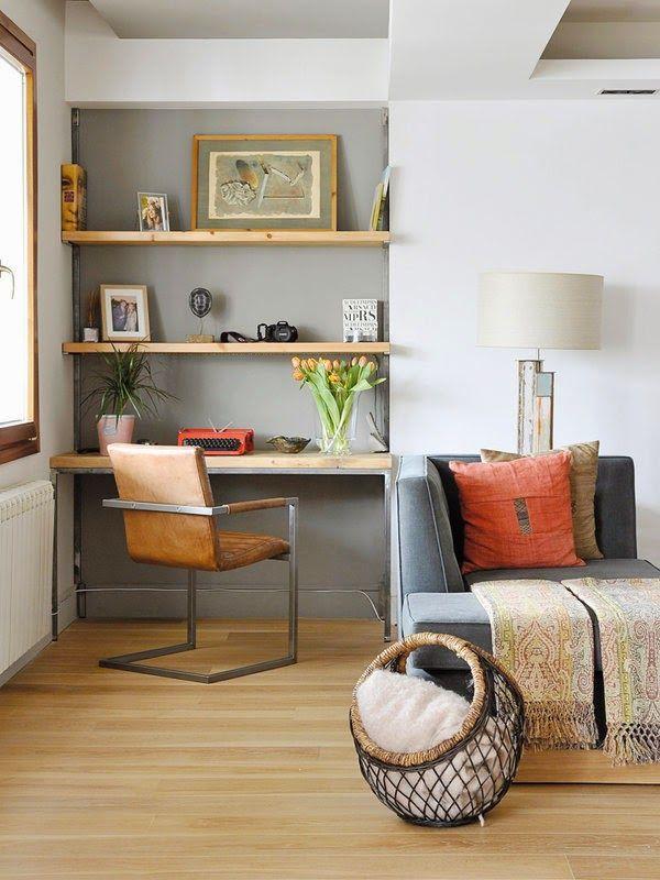 Un appartement lumineux et convivial Salons, Interiors and Apartments