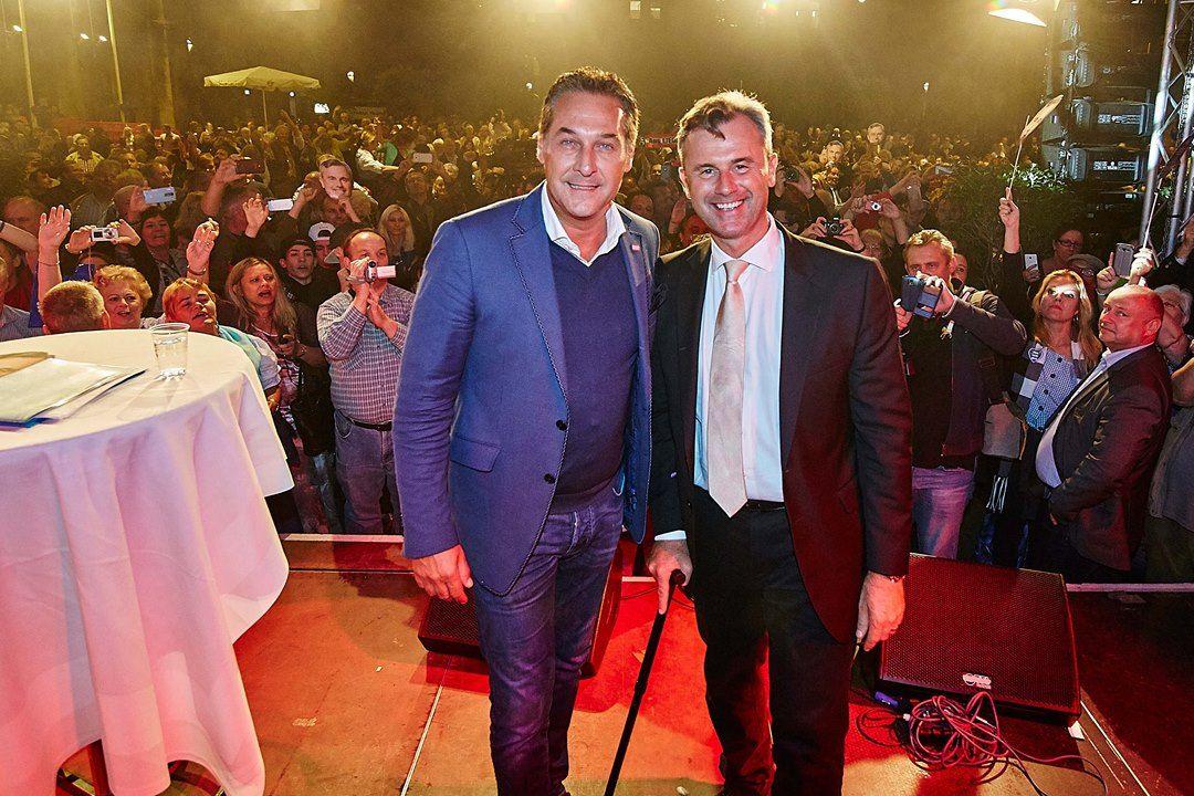 Ein grandioses Fest im Rathaus mit unserem Bundespräsidentschaftskandidaten Norbert Hofer. Er ist ein echter Patriot, der für die österreichische Bevölkerung da ist und Österreich in die richtige Zukunft führt. Norbert Hofer wird Bundespräsident, davon bin ich überzeugt ;-)