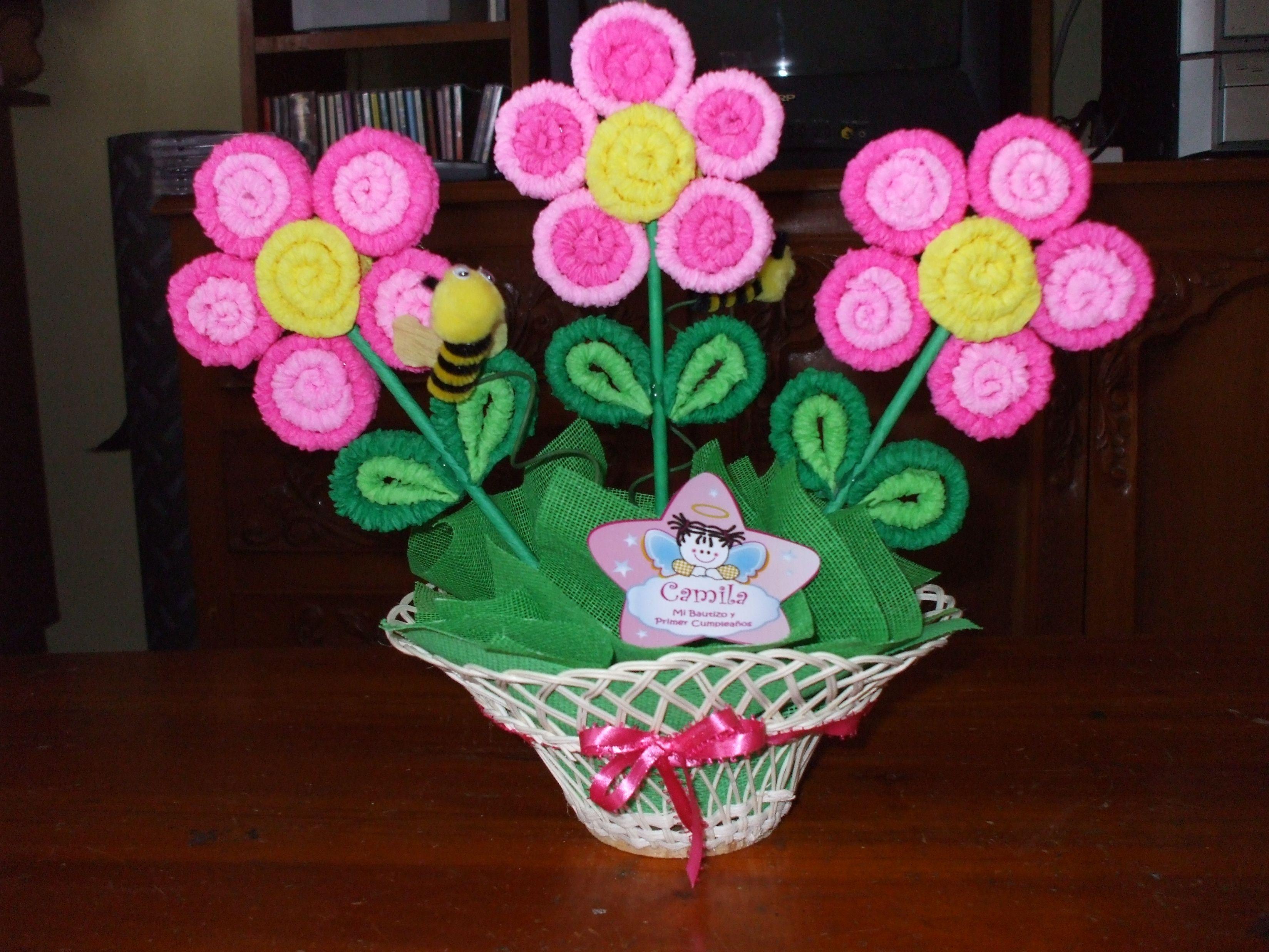 centro de mesas flores papel crepe - Buscar con Google  1d898dea3580
