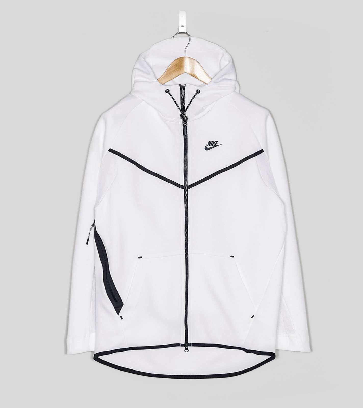 Nike tech fleece mantel