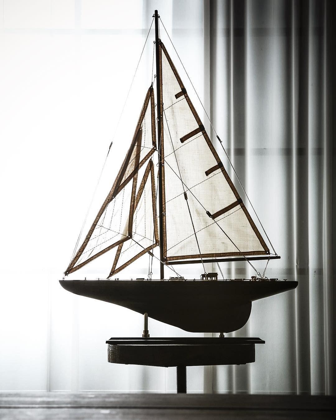 나무요트 데코레이션 모형 내 책상위 1등 항해사는 바로 나 #요트#배#ship#감성#sailboat#boat#보트#나무#오브제#인테리어#장난감#토이#소품#셀프인테리어#디자인#펀샵#funshop by funshop_living