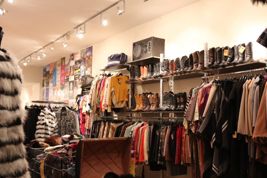 Best Vintage Clothing Shopping In Amsterdam Vintage Clothes Shop Shopping Outfit Vintage Clothing Stores