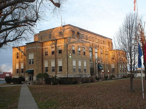 Hot Spring County Courthouse, Malvern, Arkansas | Places