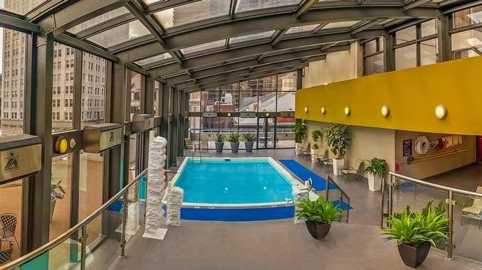 Doubletree By Hilton Hotel Philadelphia Center City Pa Indoor Pool