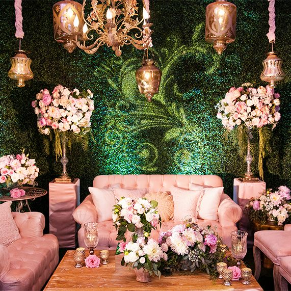 Decor: Alice In Wonderland Whimsical Cocktail LoungeEver