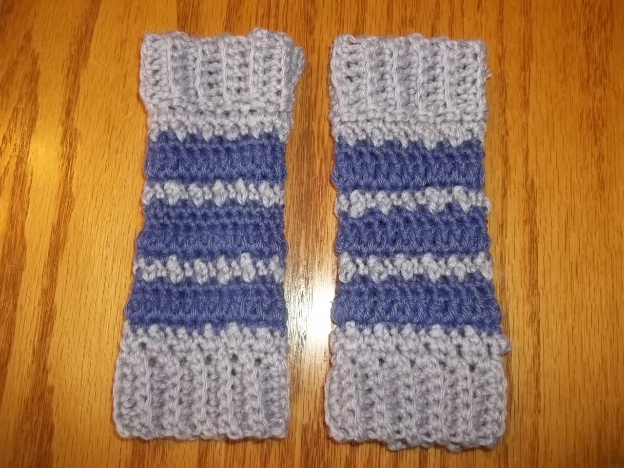 bead stitch baby legwarmers test for Rhelena