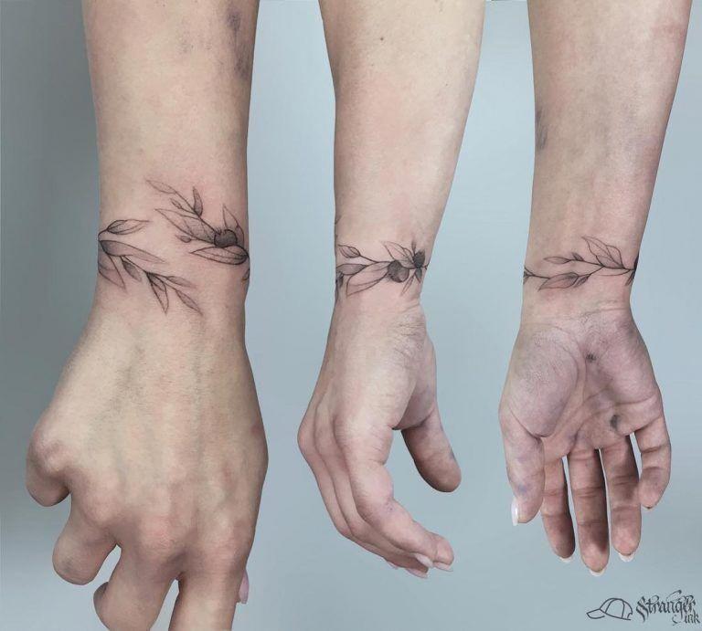 Wrist Tattoos For Men Wristtattooguys Wrist Bracelet Tattoo Wrist Tattoos For Guys Small Wrist Tattoos