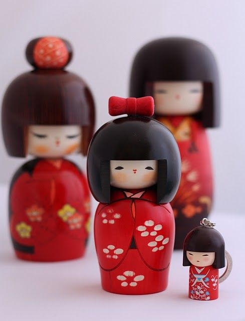 Kokeshi Dolls on a Spoonful of Sugar - gorgeous & cute!