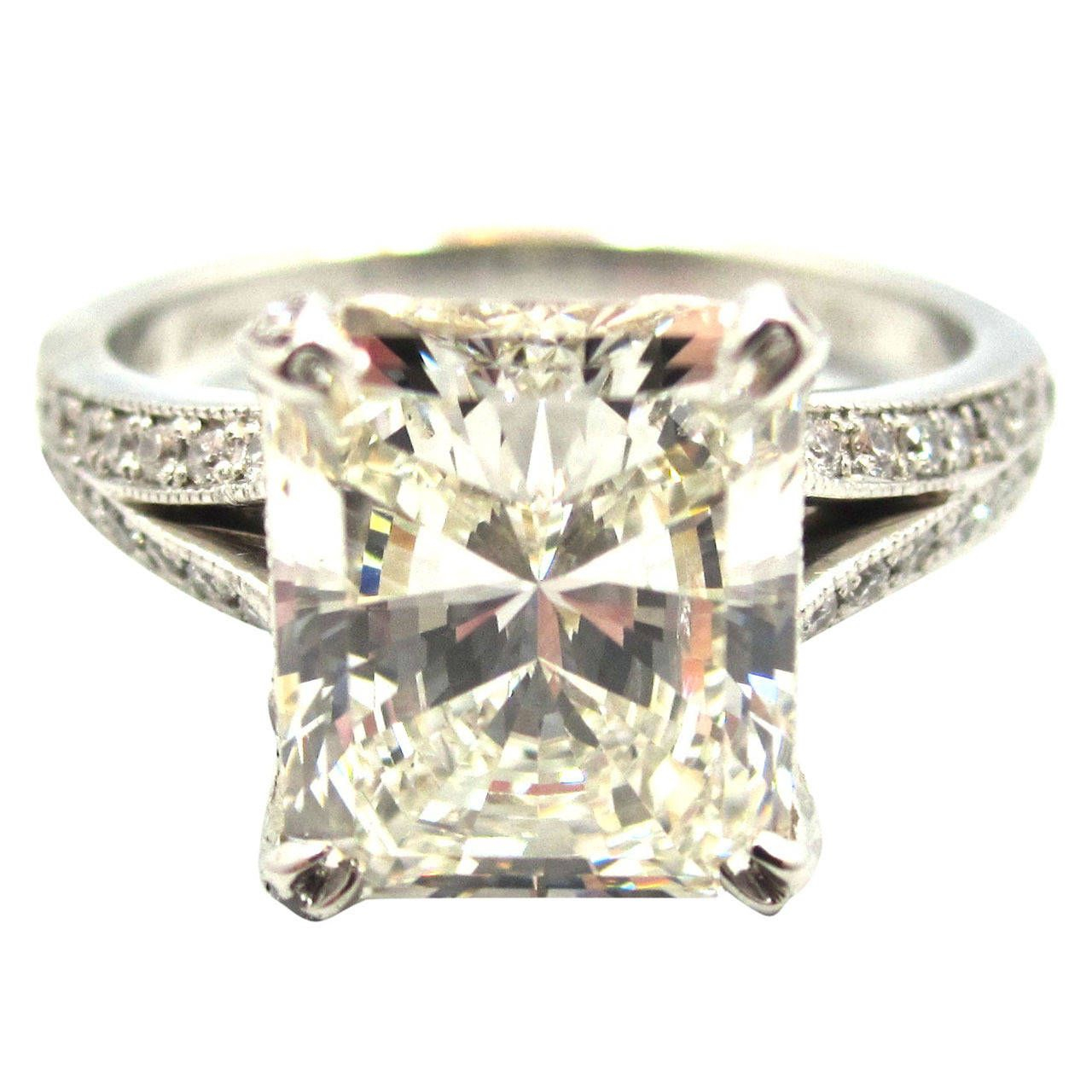 Ring · Neil Lane Radiant Cut