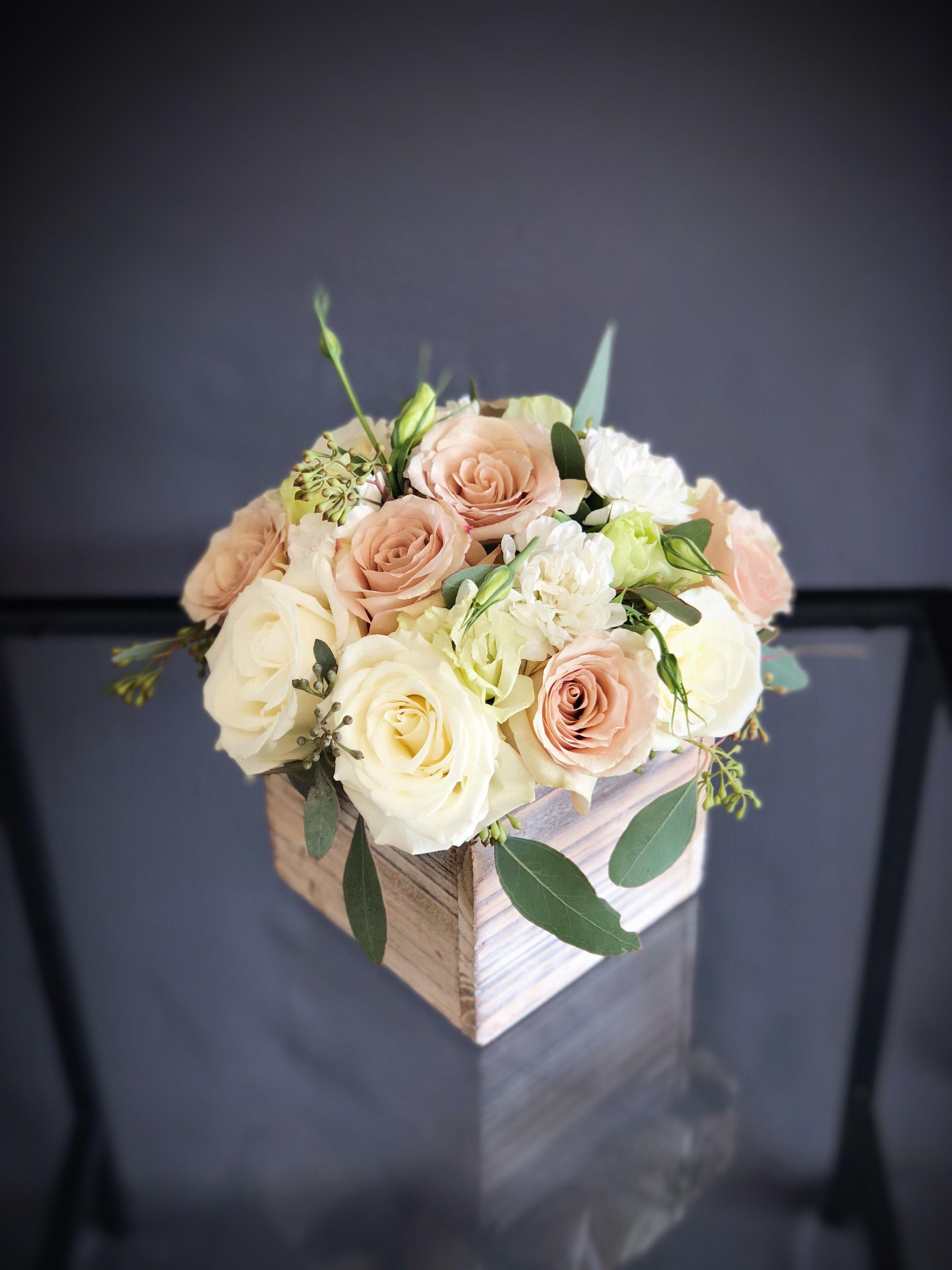 7 soft colors wood box arrangement mesas de boda