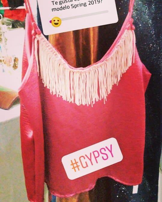 Presentamos nuestros últimos diseños spring 2019 en EXPO LULES PRODUCTIVA hoy de 16 a 00 hs. . #conesenciaindumentaria  #conesenciaspring2019 #spring2019 #spring #fashionwoman  #fashionteens  #fashion  #bohochic  #outfis  #itgirl  #girl  #amorporlamoda  #amor #gypsy  #bohome  #bohemian #romantic #bohemianfashion #bohovibes #gypsetstyle #jacket  %
