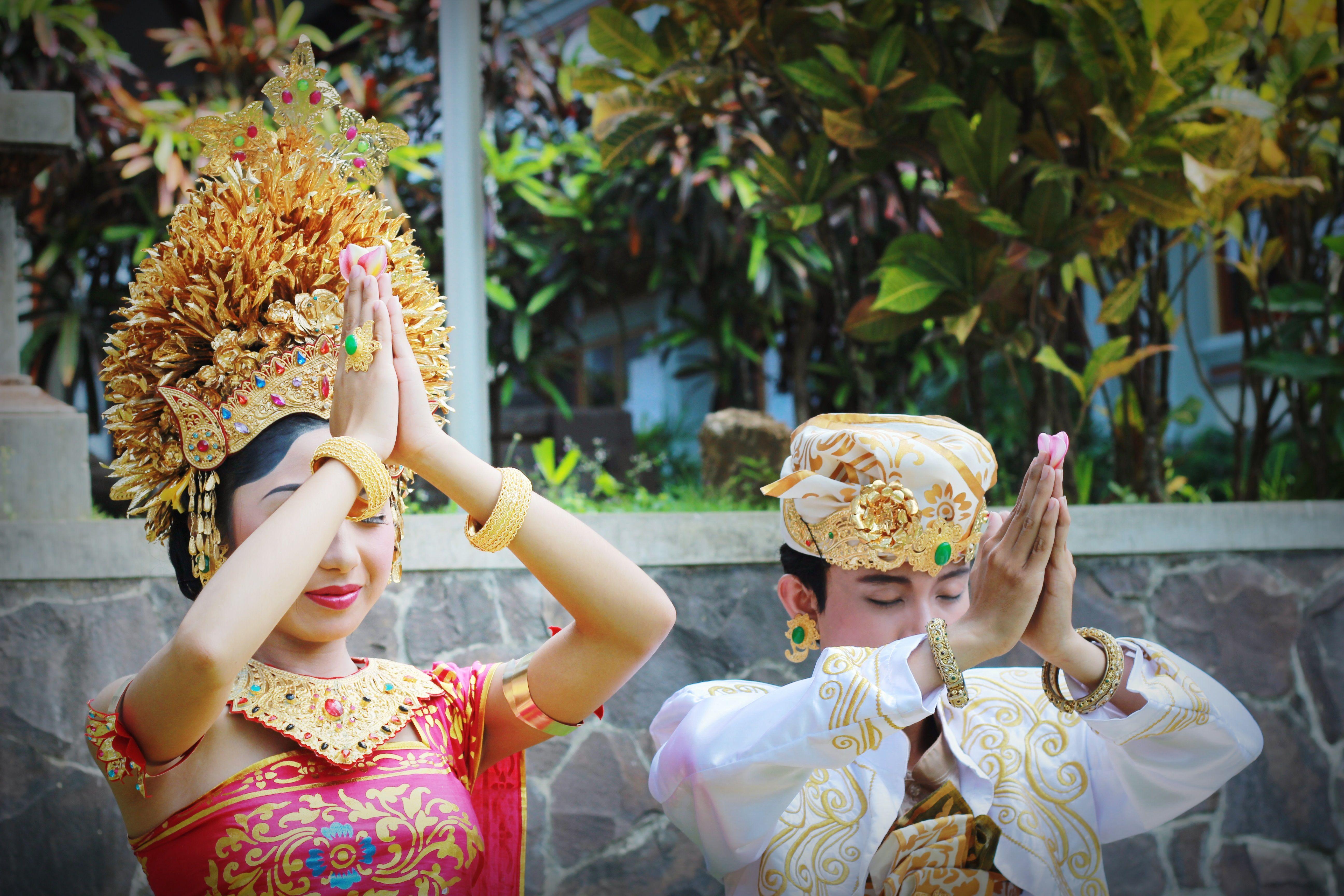 Model rias pengantin Bali  Pengantin, Pakaian tari, Baju tari