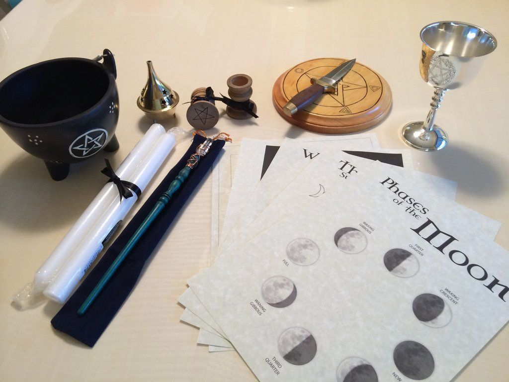"Witchcraft Tool Set ""The 8 Essentials"""