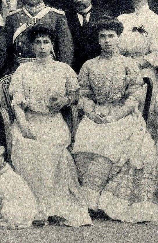 Grand Duchess Victoria Feodorovna of Russia and sister, Princess Beatrice of Edinburgh, later Duchess of Galliera. 1900s.