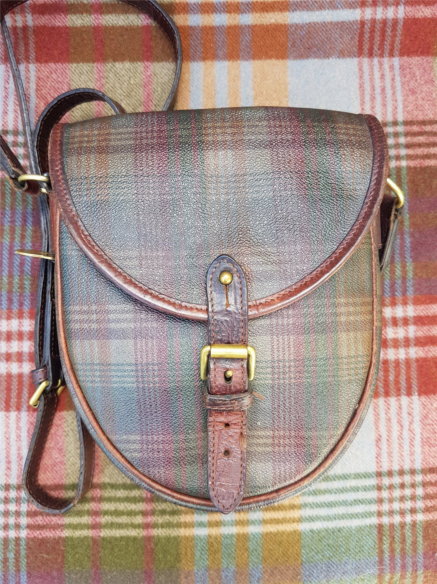 e1c59fd3477d4 Mulberry Vintage Saddle bag. Tartan check Scotchgrain nile Leather ...