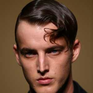 sidepart with curls. superman