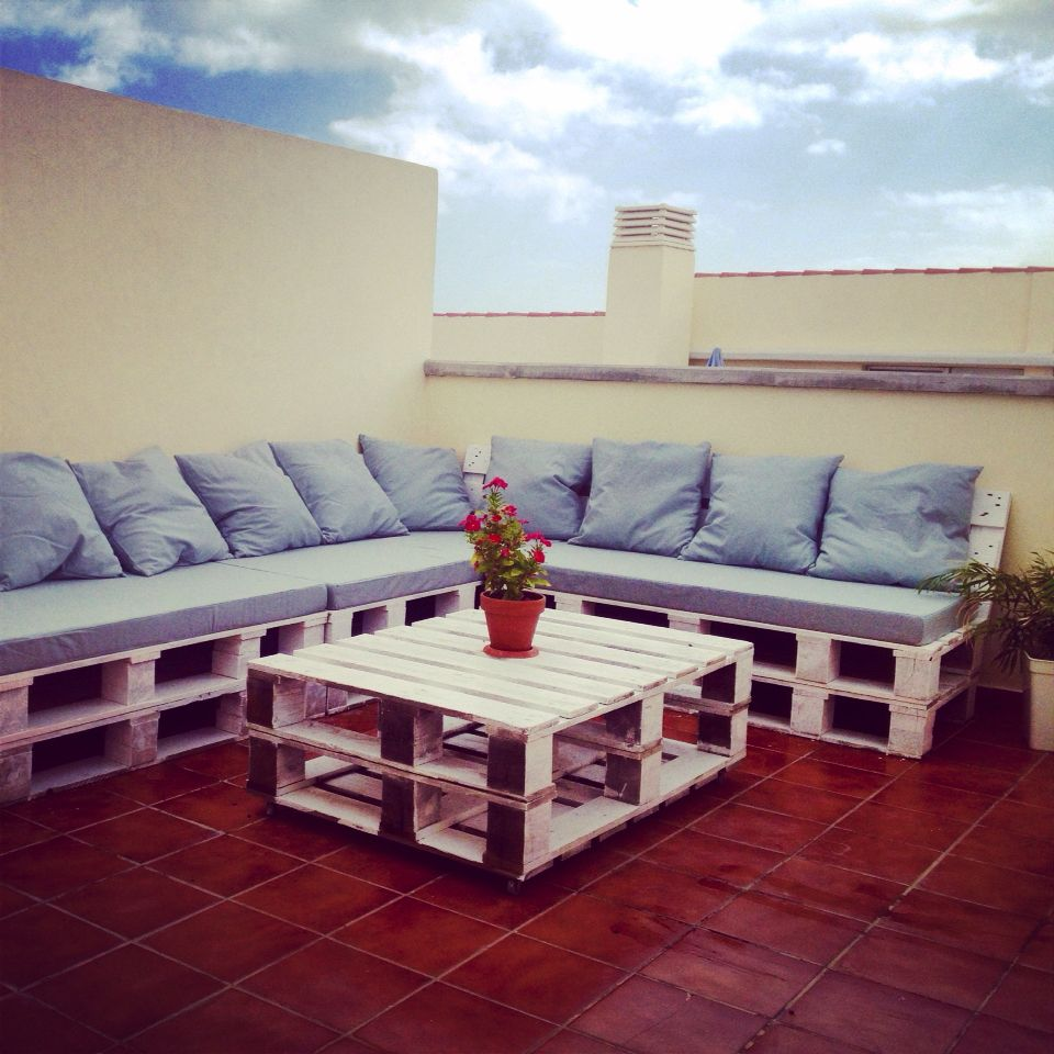 Mi fantastica terraza muebles hecho a mano con palet for Terrazas muebles decoracion
