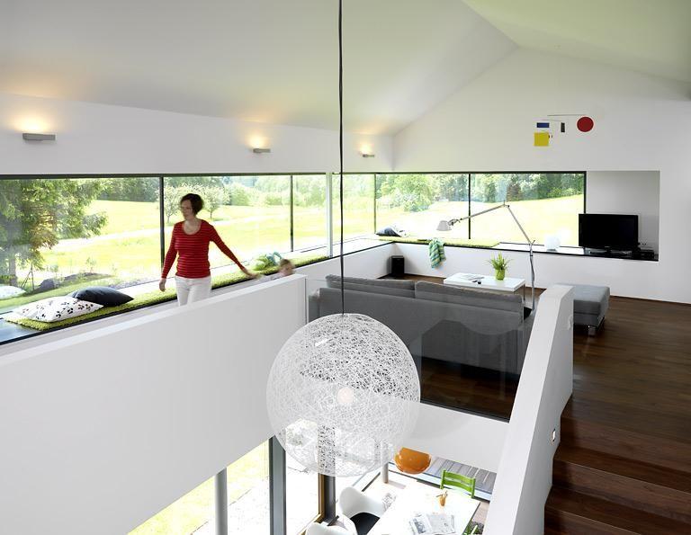 Haus des Jahres 2009 Plätze 6 bis 10 Klare Gliederung unten - wohnzimmer mit galerie modern