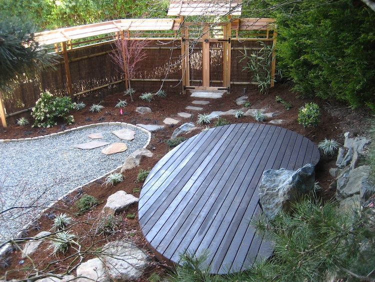 Japanese garden north seattle nkbuild wooden slats for Japanese meditation garden design