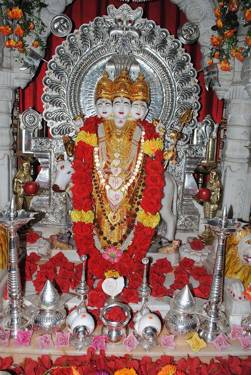 , Lord Dattatreya from Devgad – Dattatreya – Wikipedia, Anja Rubik Blog, Anja Rubik Blog