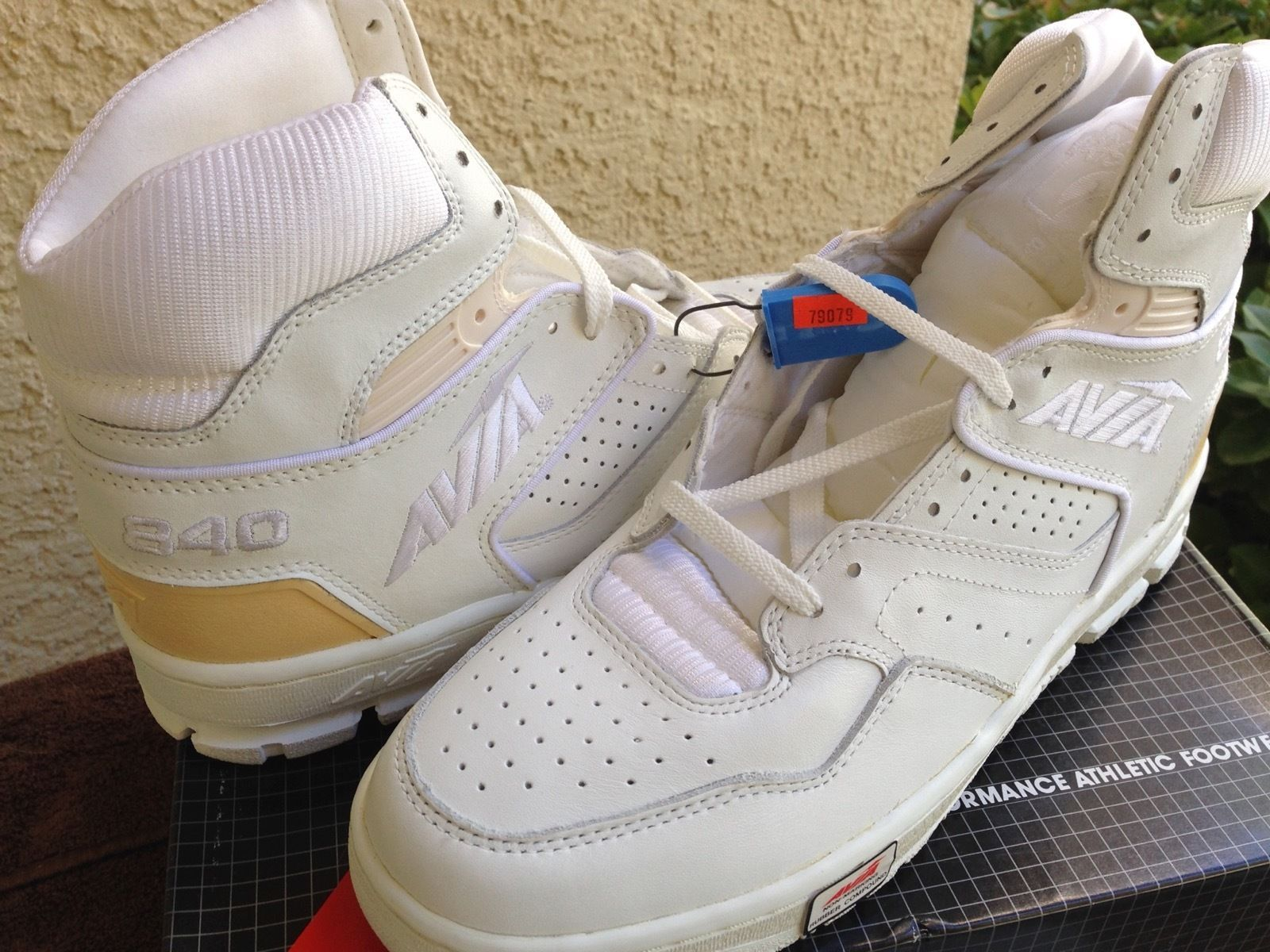 VINTAGE NOS Avia 840mw Basketball Shoes Brand new 80's in ... - photo #24