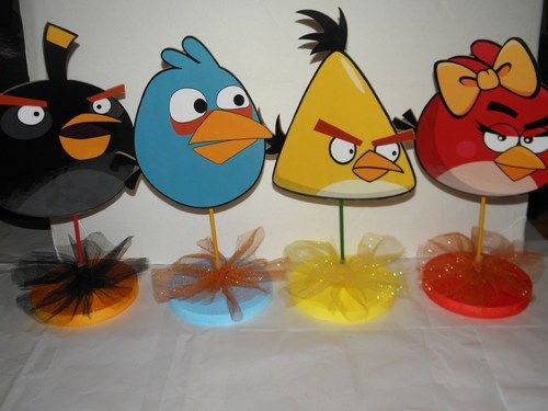 Angry birds birthday party centerpieces diy angry bird for Angry birds party decoration ideas