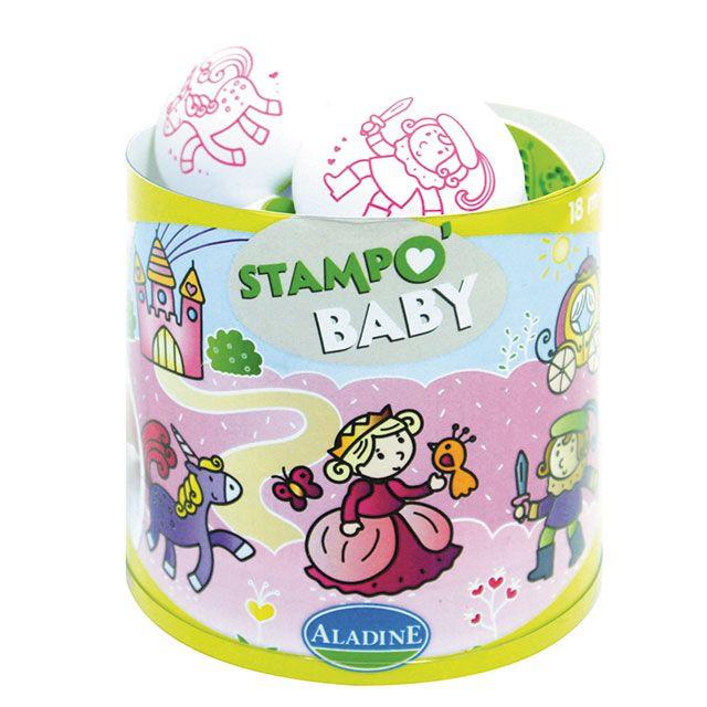 """""""Stampo Baby Märchen""""  Mit Stampo Baby können die Kleinen ab 18 Monaten ihren Spaß daran entdecken, ihre ersten Motive mit den großen ergonomischen Stempeln abzubilden. Inhalt: ein Maxi-Stempelkissen mit abwaschbarer Tinte und 5 große Stempel für kleine Babyhände.      ab 18 Monaten     abwaschbare Stempelfarbe"""