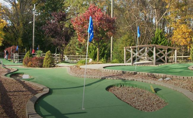 Putt U Miniature Golf 1 Mini Golf Lehigh Valley Center Valley Pa Miniature Golf Mini Golf Miniature Golf Course
