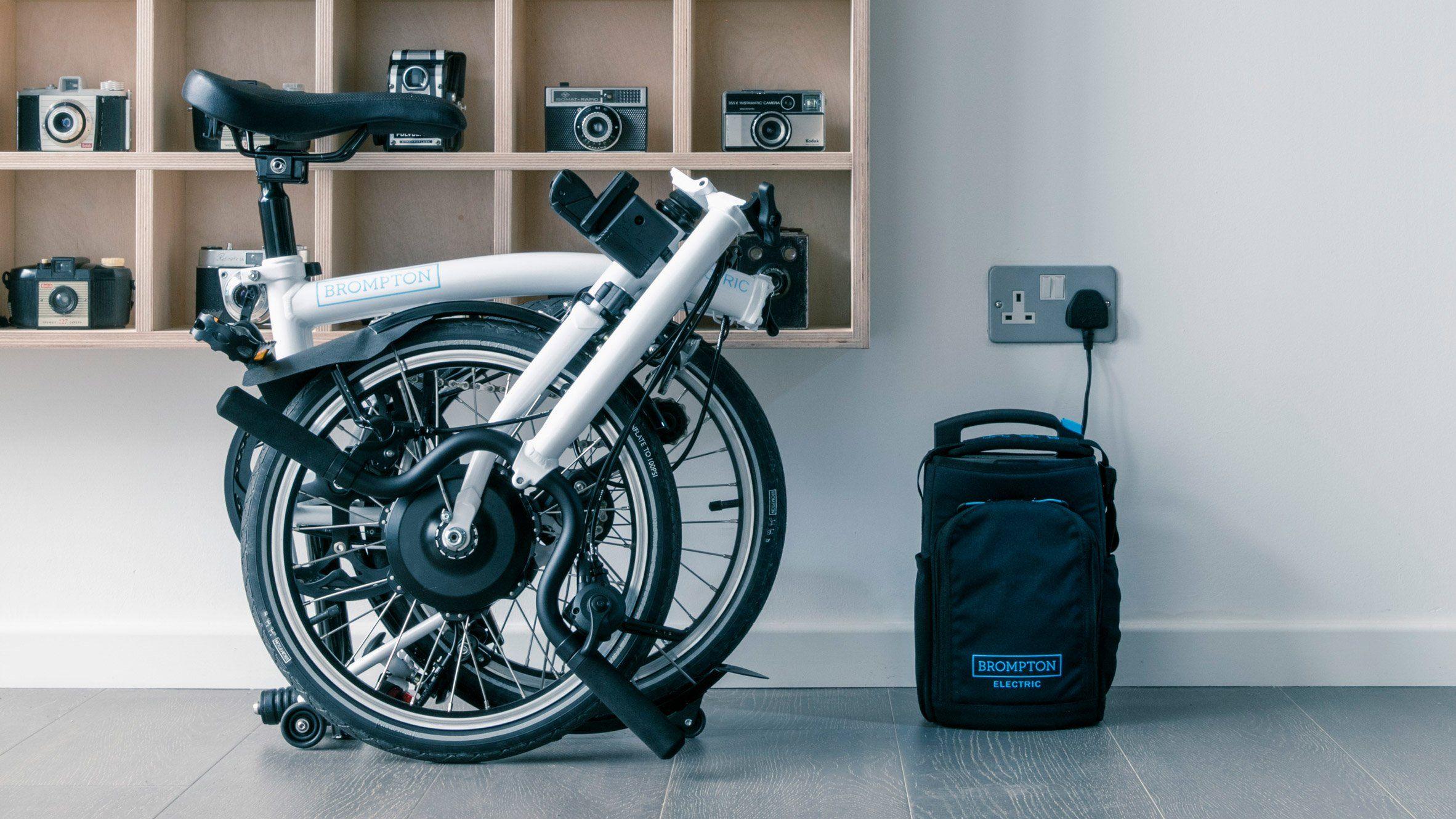 Bicycle Company Brompton Has Borrowed Formula One Racing Technology To Create An Electric Version Of Its Bestselling Foldin Folding Bike Brompton Electric Bike