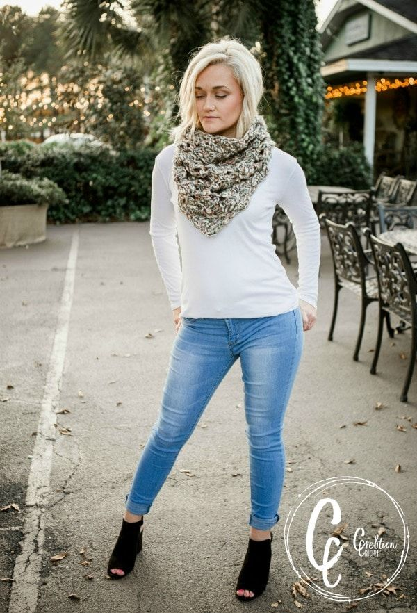 The Big Bang Cowl - a free crochet cowl pattern designed by Lorene ...