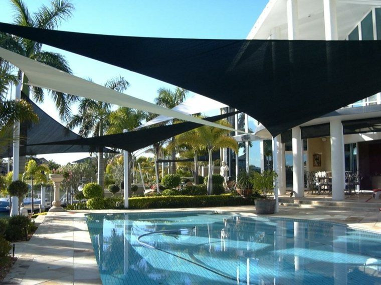 voiles d'ombrage de piscine extérieure