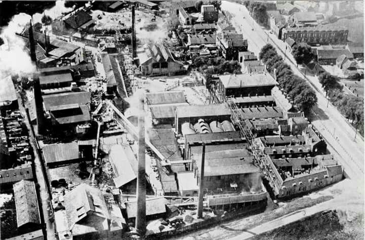 Glasfabriek, luchtfoto 1925