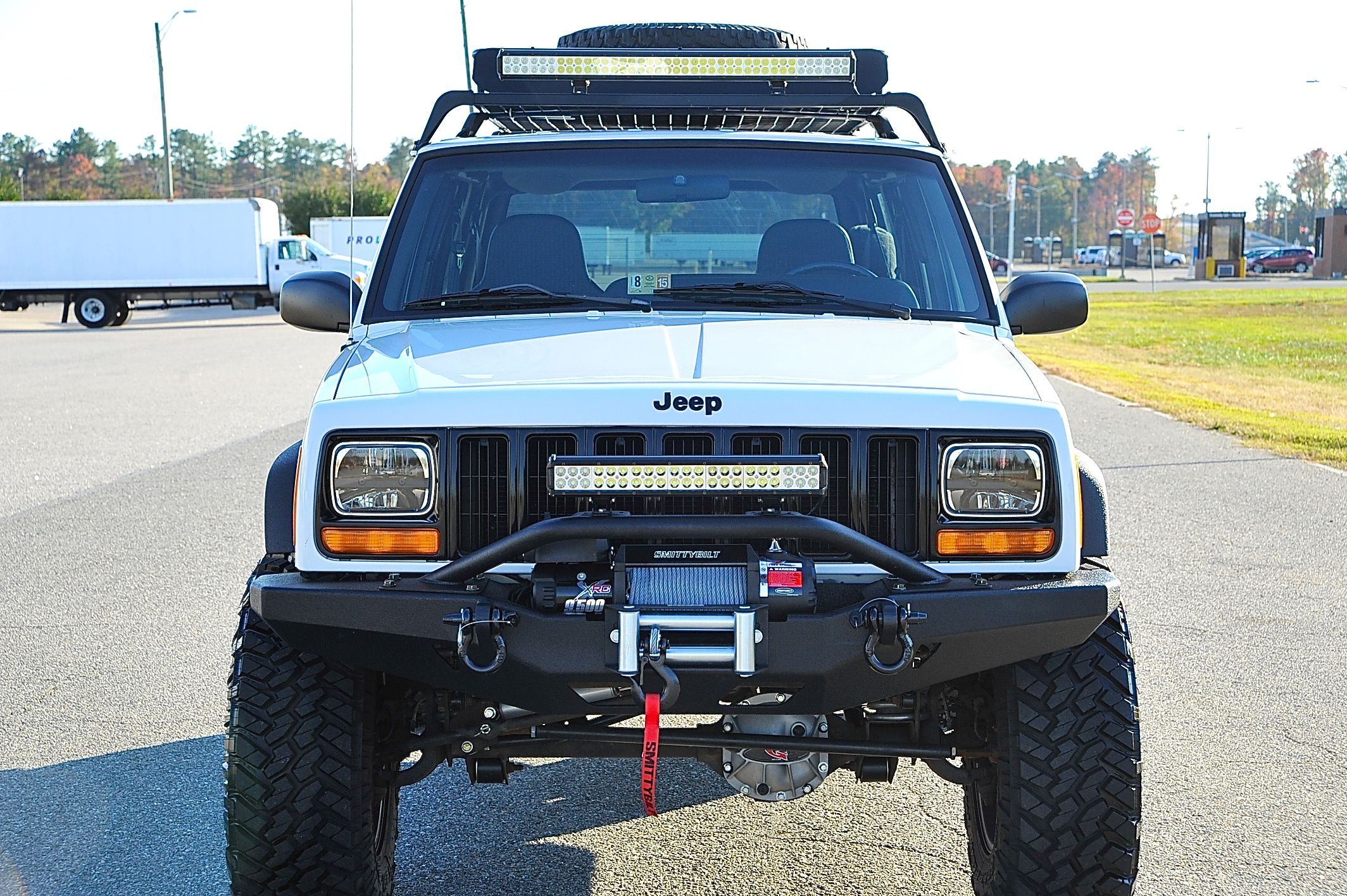 Xj Jeep 50 Inch 23 Inch Led Light Bar On The Jeep Xj Jeep Cherokee Jeep Xj Jeep Cherokee Xj