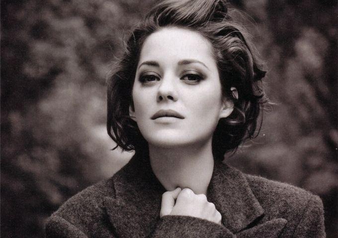 Warner Bros Seek Marion Cotillard To Play Morgana In 'Arthur & Lancelot'