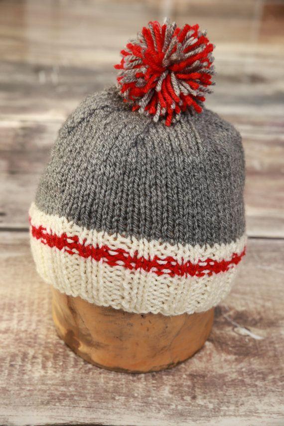 a54146c093b1 Tuque style bas de laine adulte par TuquesEtBoutons sur Etsy   Fiber ...