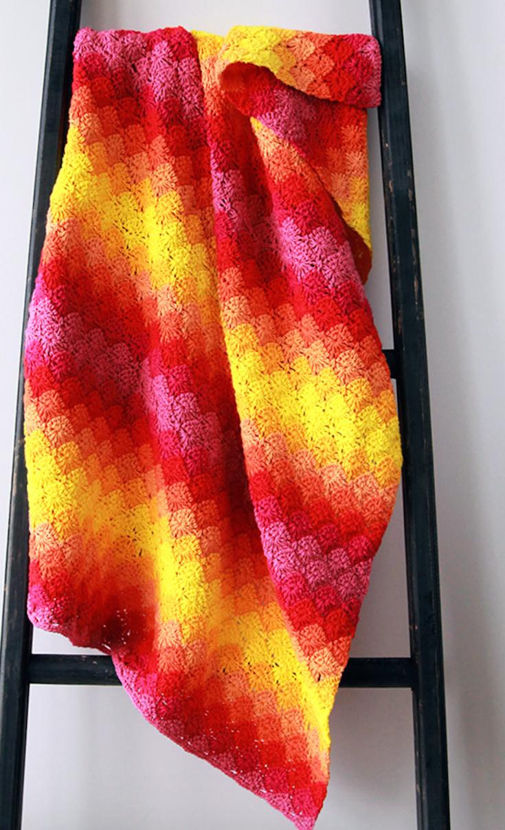 Free crochet pattern: Harlequin blanket | Colchas