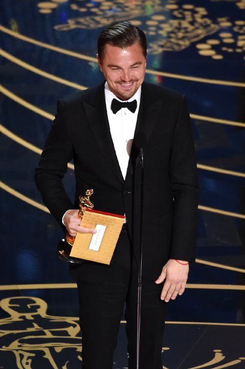 2016 Oscars: Show Photos photos, including production stills, premiere photos and other event photos, publicity photos, behind-the-scenes, and more.