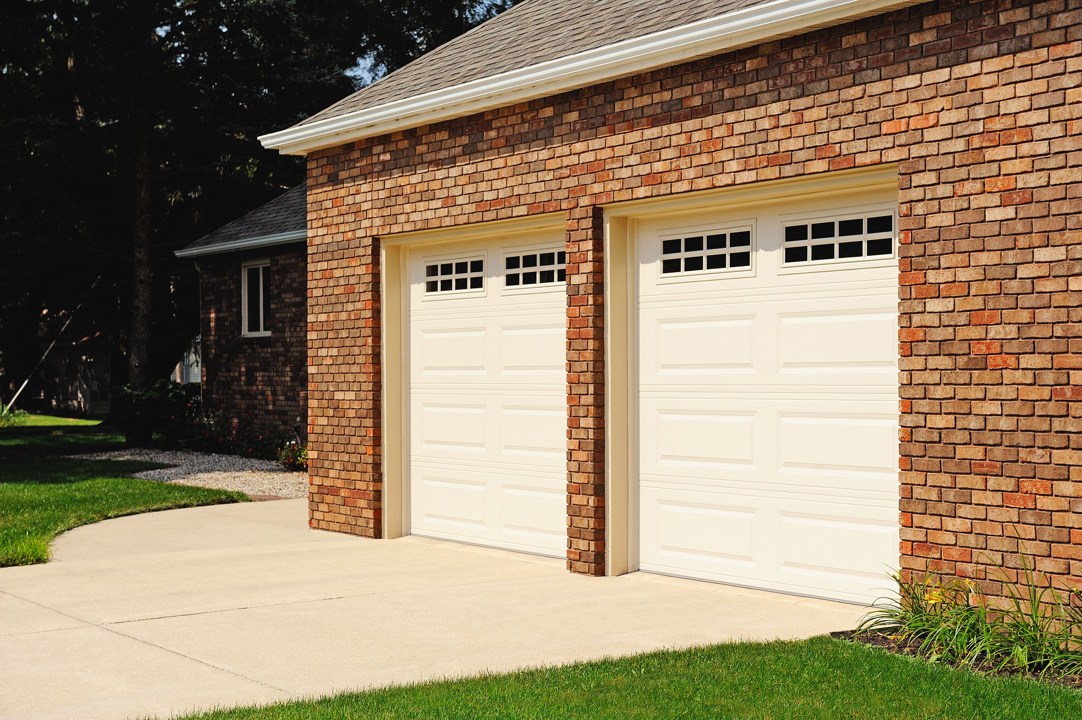 Residential Garage Doors Gallery Chi Overhead Doors Garage Doors Residential Garage Doors Overhead Door