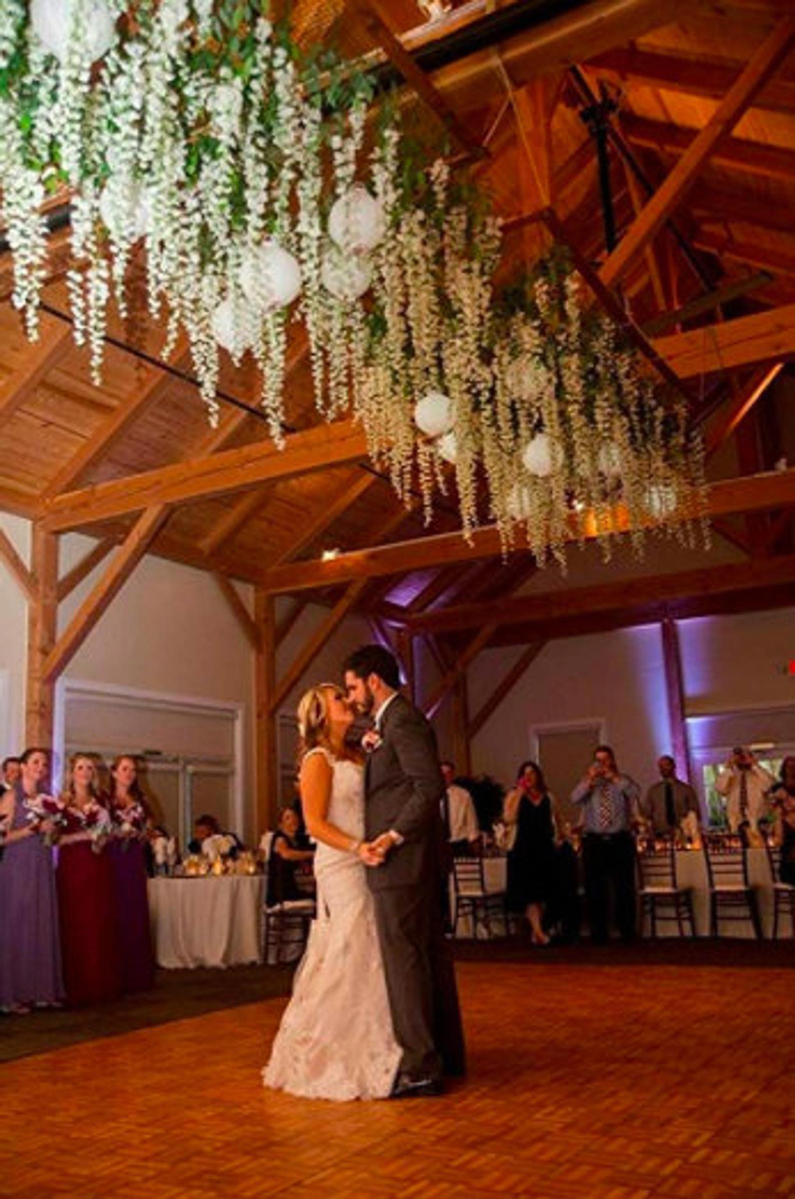8pcs Each 3 6ft White Artificial Wisteria Vine Garland Silk Etsy In 2020 Hanging Flowers Wedding Garden Wedding Decorations Wisteria Wedding