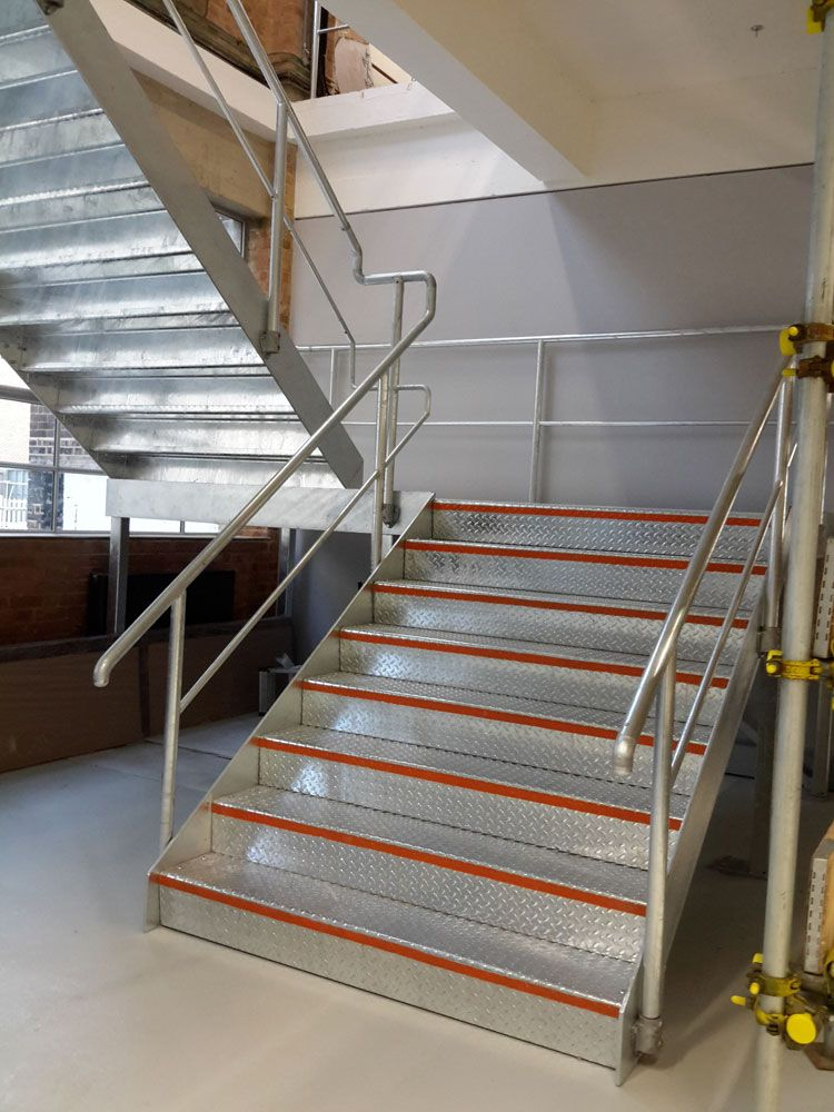 Best Stairs Internal Galvanised Staircase With Folded Durbar 400 x 300