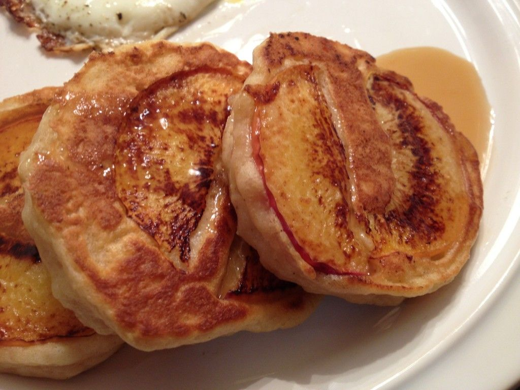 Peach Sour Cream Pancakes (Smitten Kitchen via the Texan New ...