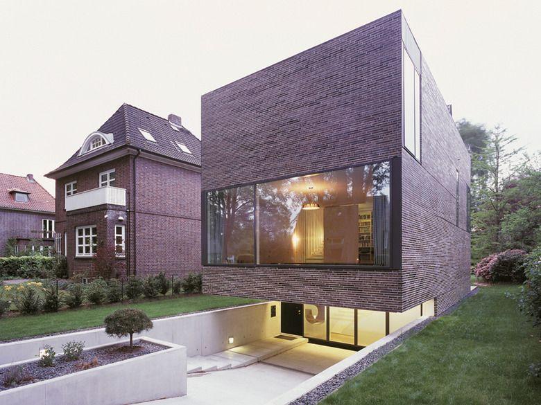 Einfamilienhaus in hamburg einfamilienhaus hamburg und for Architektur einfamilienhaus satteldach