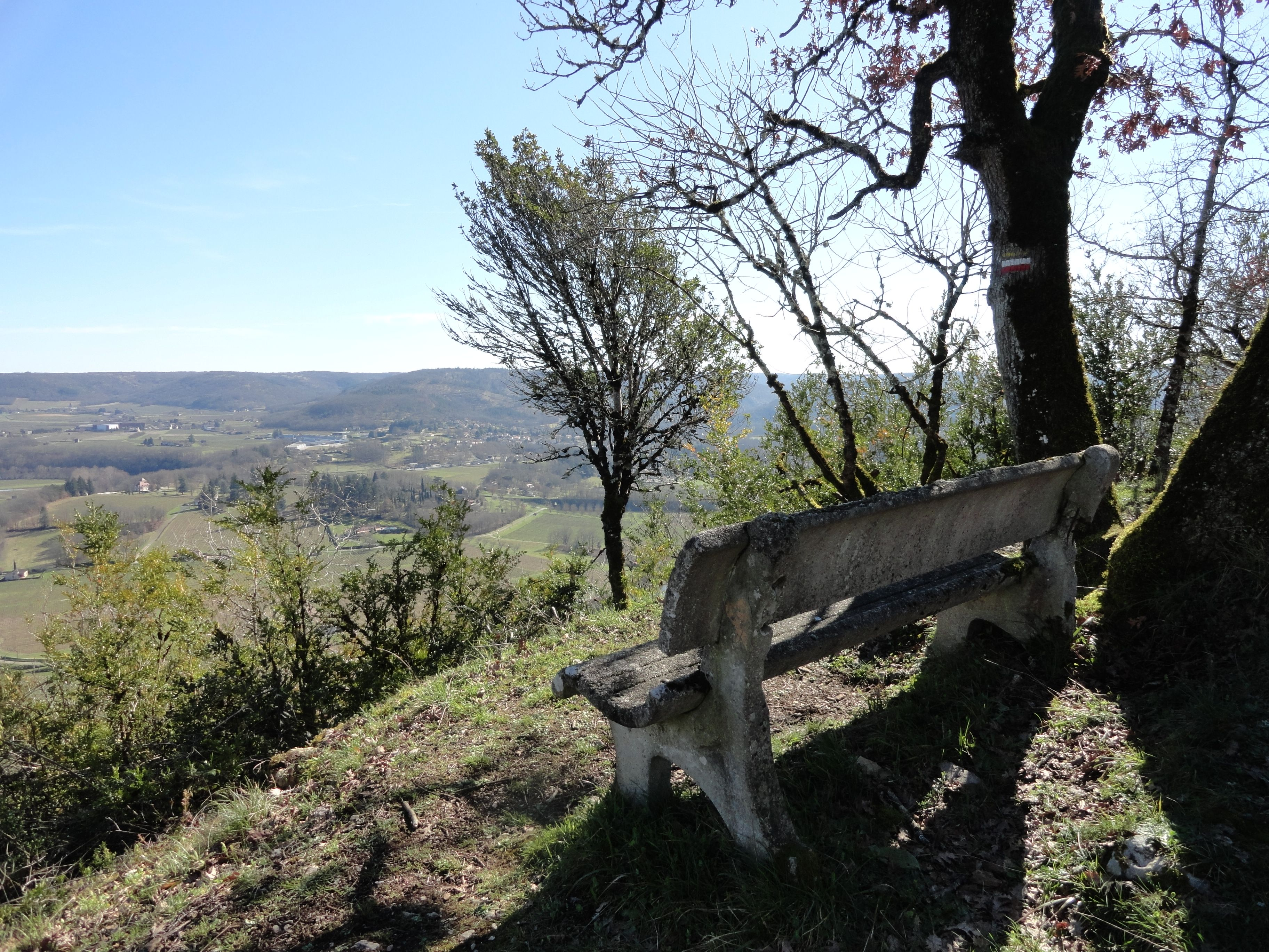Enjoy breathtaking views of the Lot Valley!