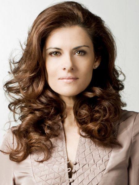 351d0f8624 Lara Corrochano es actriz y presentadora, ha trabajado en series como 'La  que se