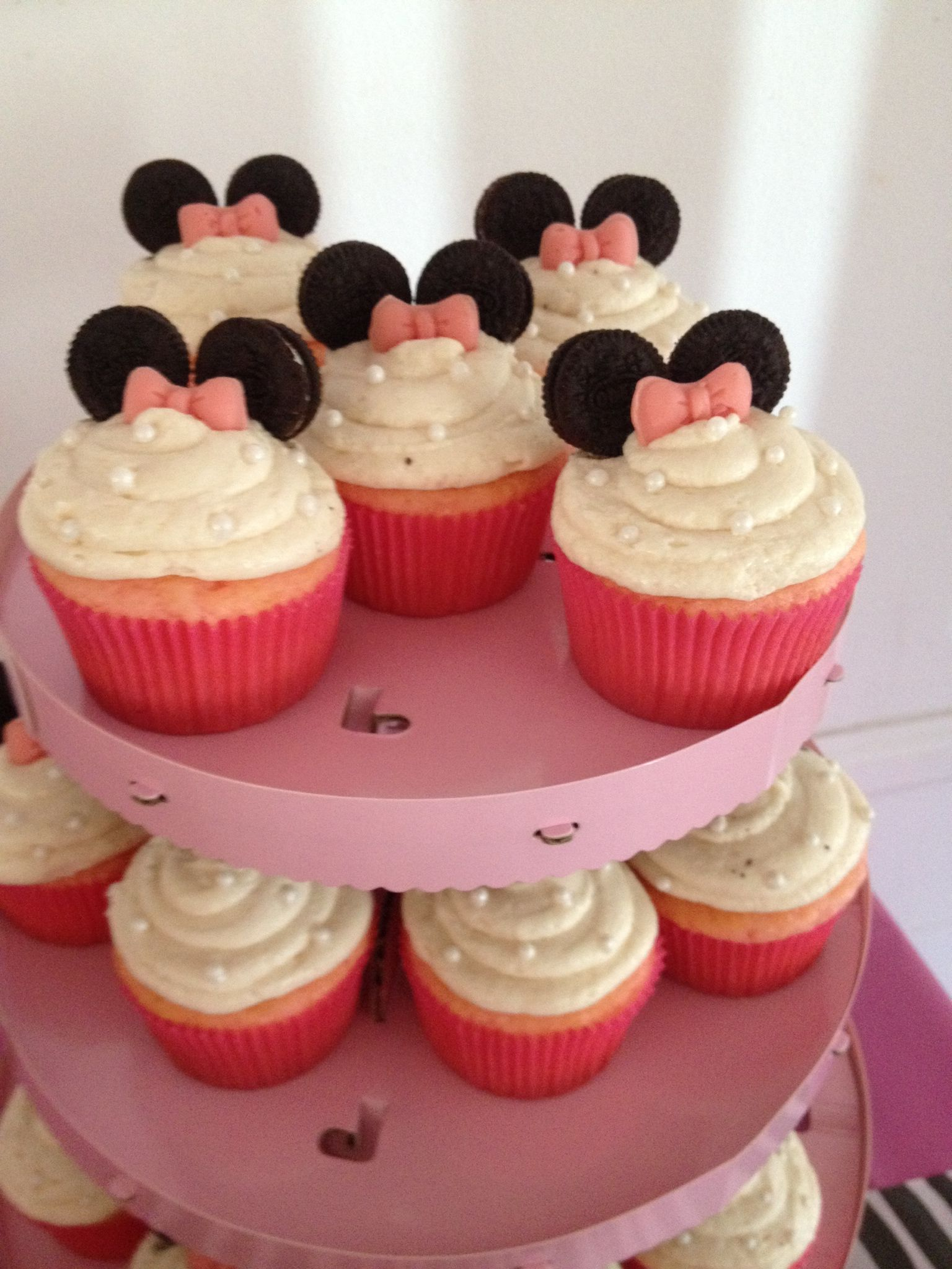 Minnie Mouse Cupcakes The Cakes I Make Pinterest