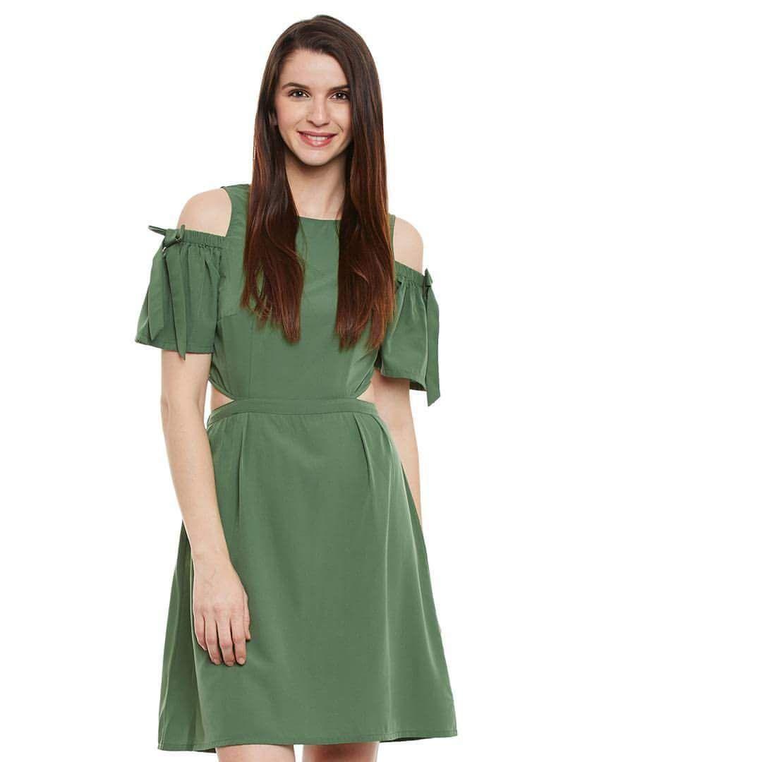 6baf400bd2d2 54 Insanely-Stylish Off Shoulder Dresses To Keep Your Summer Fashion ...