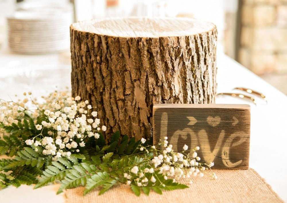 Bliss Bridal And Event Rentals Springfield Mo Table Decorations Decor Event Rental